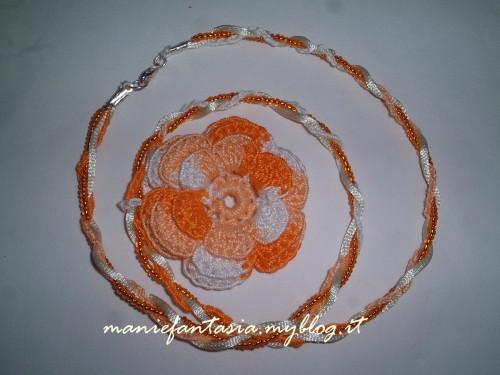 collana uncinetto fiore e perline facile e veloce