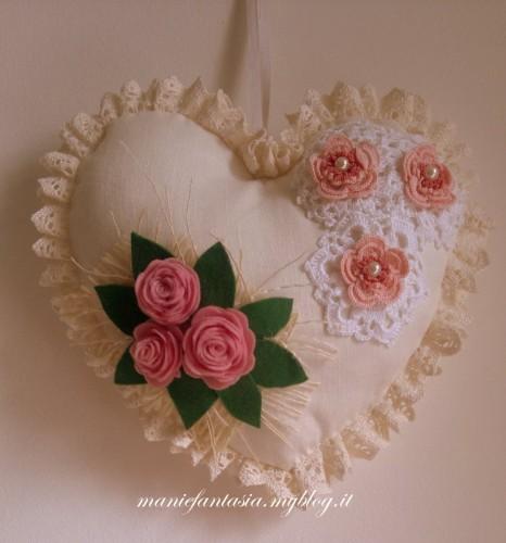 cuore di stoffa romantico per la festa della mamma