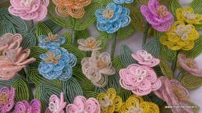 il magico mondo dei fiori di perline di vetro