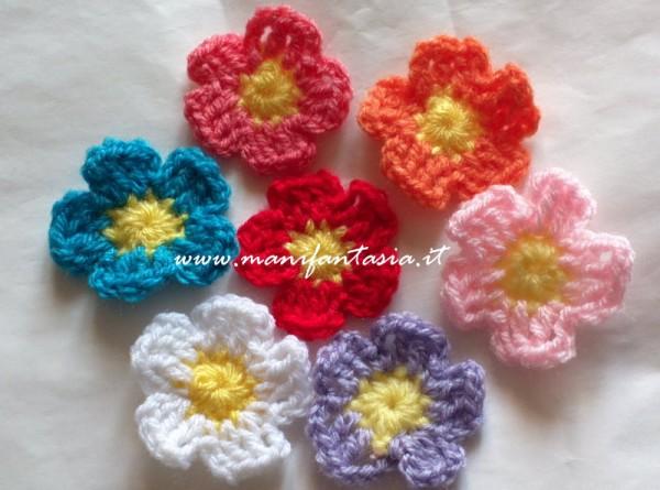 fiori uncinetto colorati
