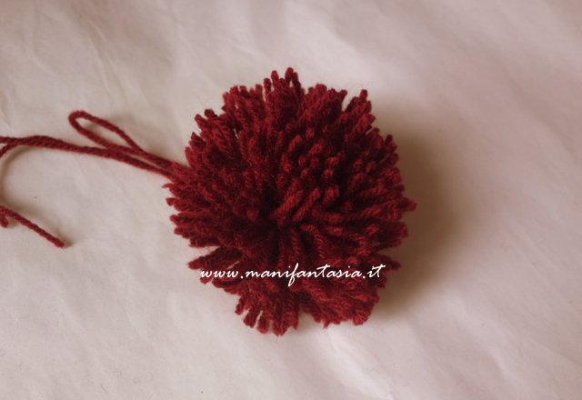 come fare un pom pom di lana