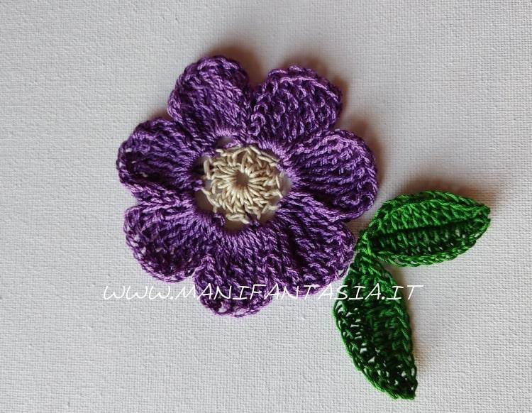 fiore uncinetto 7 petali