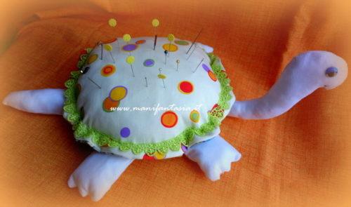 pupazzo tartaruga puntaspilli tutorial modello