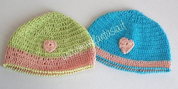 lavori a uncinetto per neonati cappellino bimbo