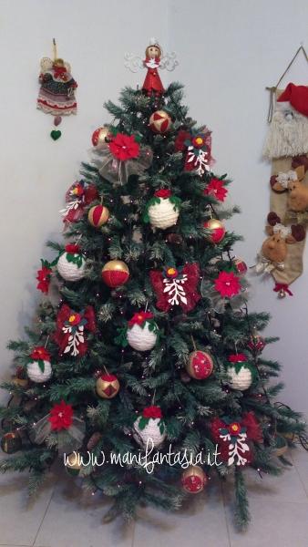 albero-di-natale-decorazioni-fiocchi-fa-da-te