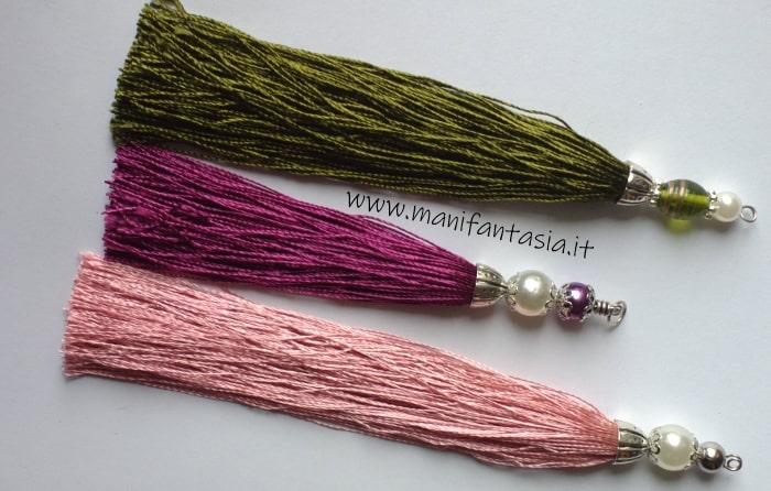Come fare nappine con filo di seta e perle eleganti
