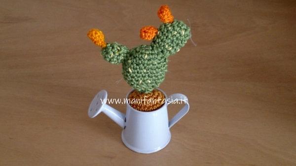 miniatura piante grasse uncinetto fico d'india