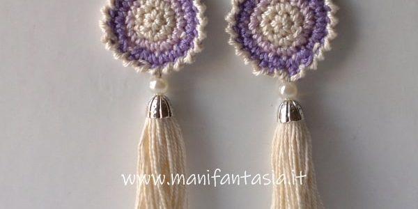 orecchini uncinetto con nappine