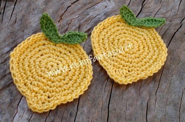 sottobicchieri all uncinetto a forma di limone