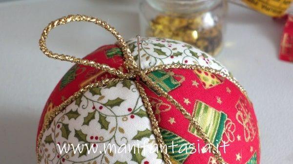palline di natale con la stoffa e cordoncino