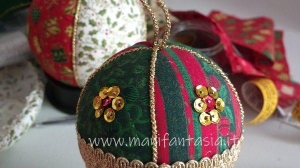 palline di polistirolo decorate le paillettes e cordoncino