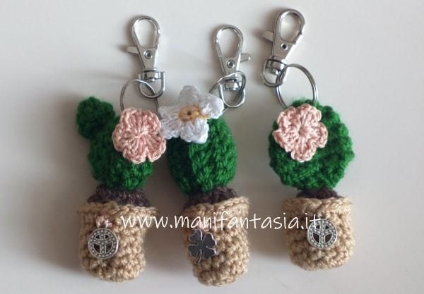 portachiavi amigurumi mini cactus