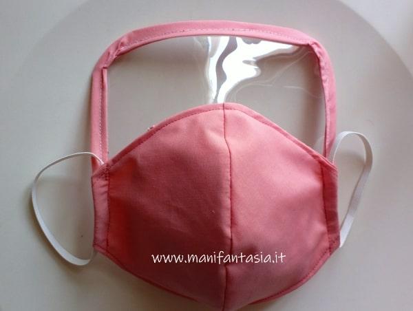 l come cucire una mascherina di stoffa con visiera