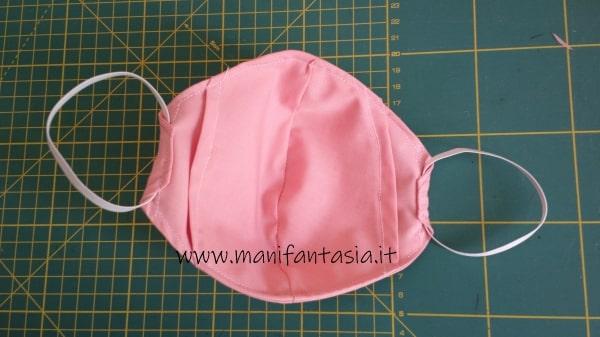 tutorial come cucire una mascherina di stoffa senza modello (6)