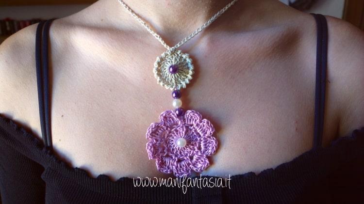 Collana uncinetto con fiore e perle facile