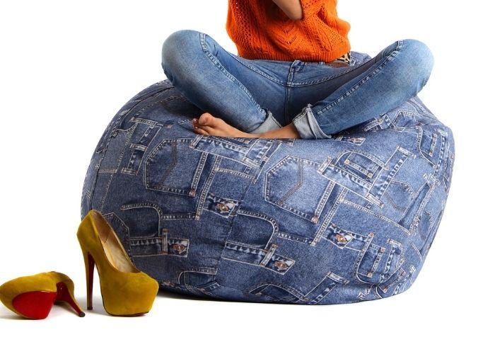 pouf con vecchi jeans