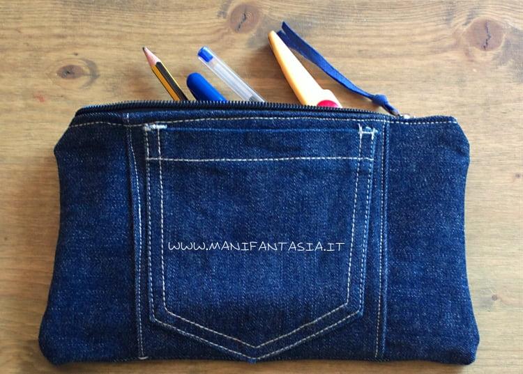 riciclo di jeans astuccio portapenne