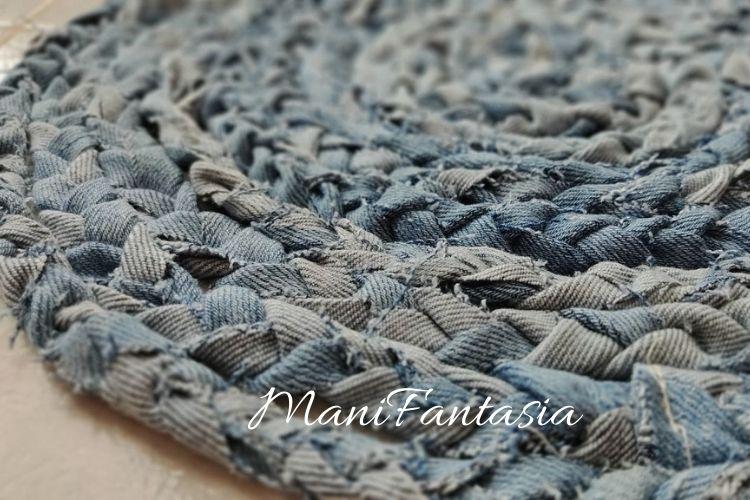 Idee creative per riciclare i vecchi jeans tappeto