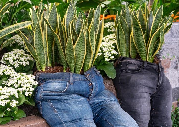 Idee creative per riciclare i vecchi jeans
