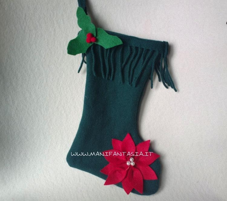 calza della befana realizzata con una vecchia sciarpa riciclo