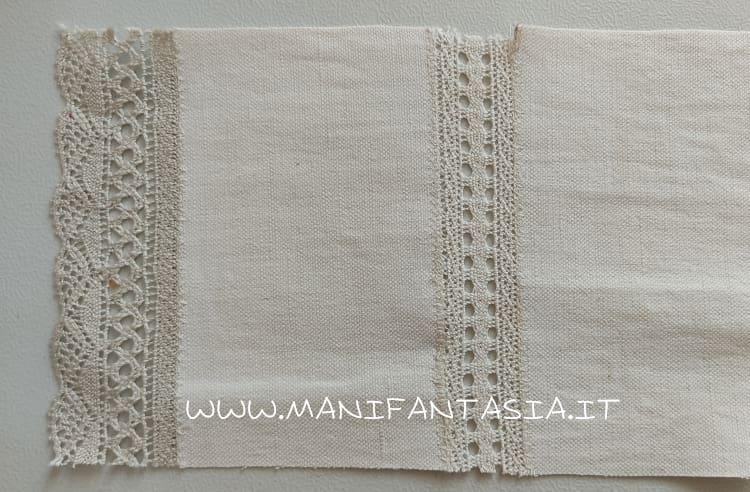 come unire la stoffa con il merletto con il piedino giunzione bordi (1)