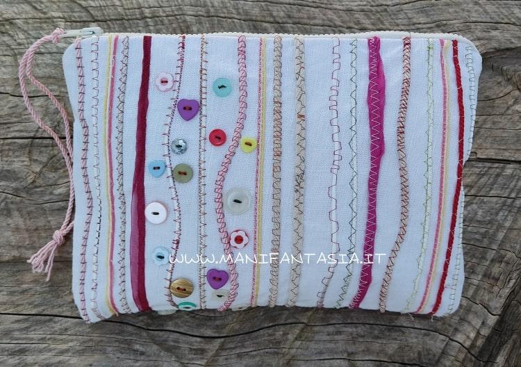 astuccio di stoffa decorato con cordoncini tutorial