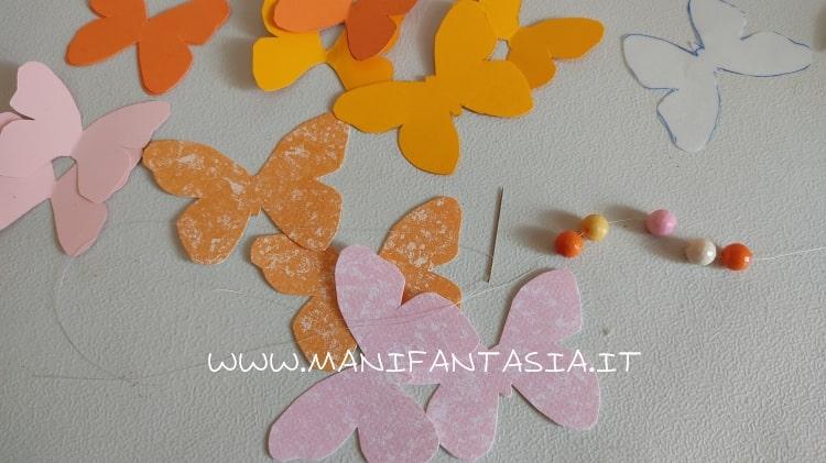 farfalle di carta da appendere materiale occorrente