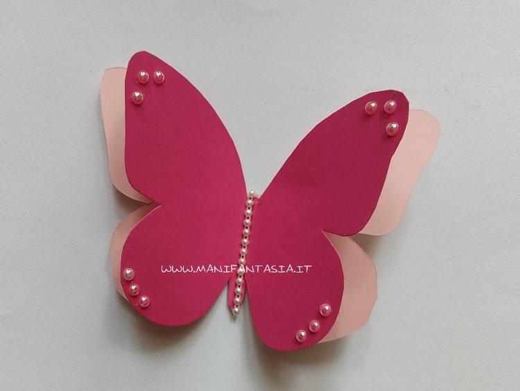 farfalle di carta decorate