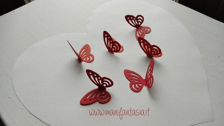 piegare le farfalle a metà