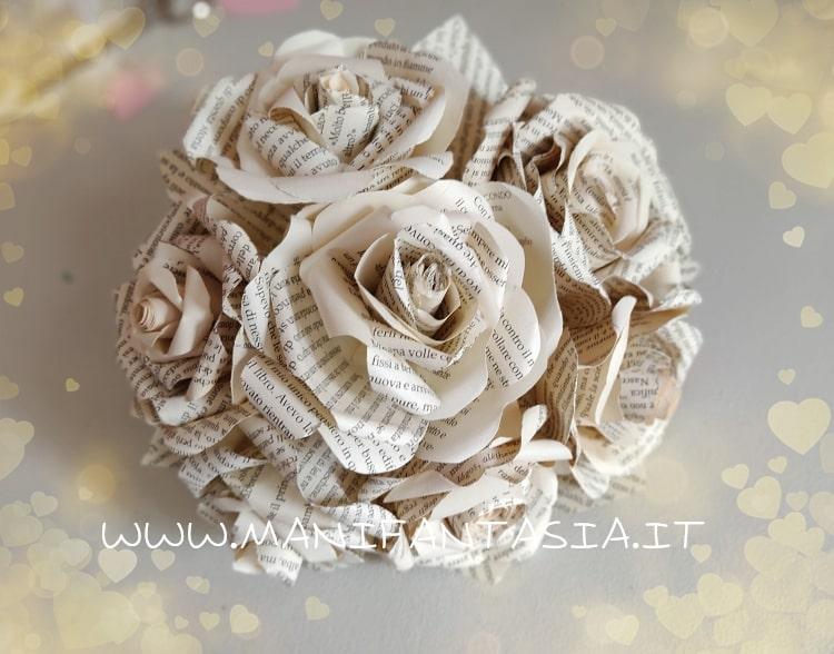 bouquet sposa rose di giornale-libro-spartiti