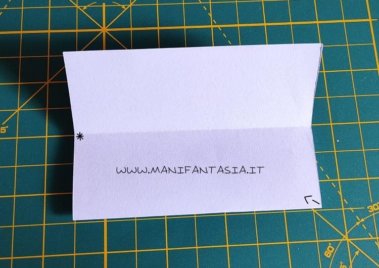 come piegare la carta modello base 5 petali step 3