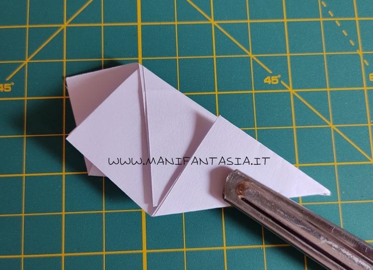 come piegare la carta modello base 5 petali step 6