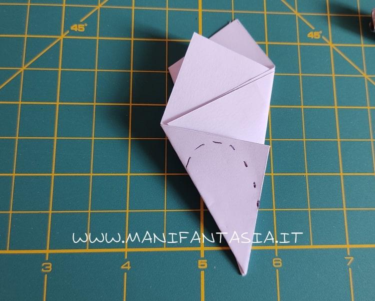 come piegare la carta modello base 5 petali step 7