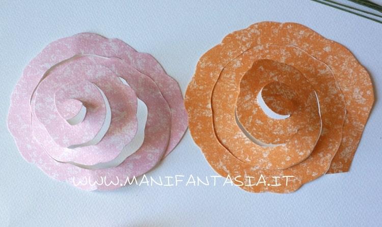 rose di carta a spirale ondulate