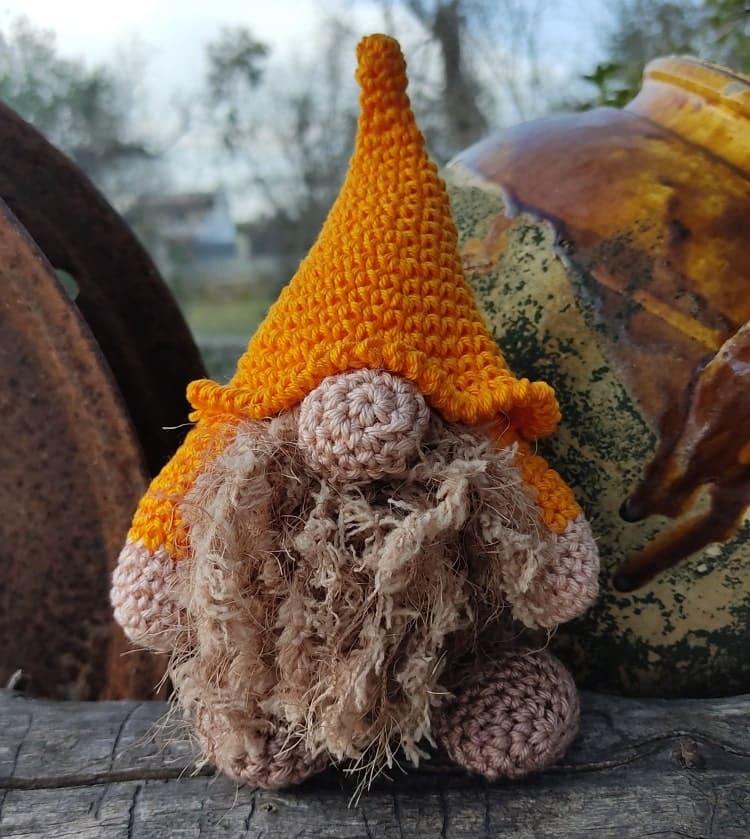 gnomo dell'autunno crochet
