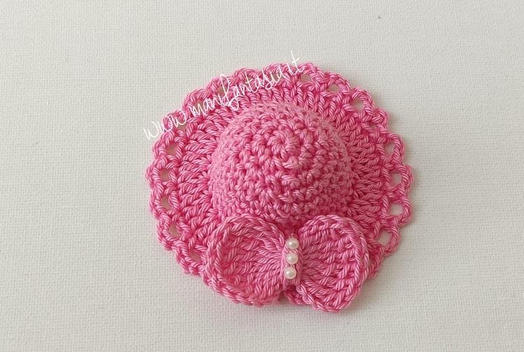 come fare cappellini per bomboniera semplici ad uncinetto