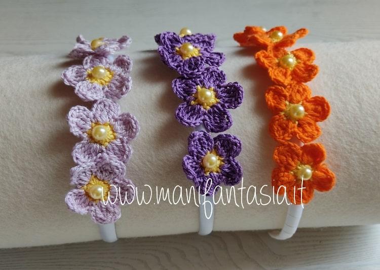 fiori uncinetto per decorare cerchietti per capelli schemi