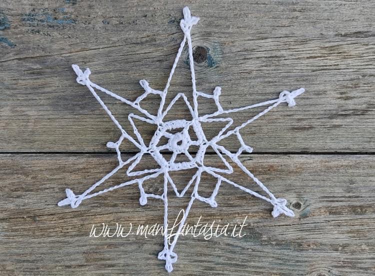 stelle cristalli di ghiaccio ad uncinetto tutorial